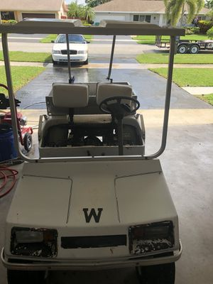 Golf cart with cargo box for Sale in LAUD LAKES, FL
