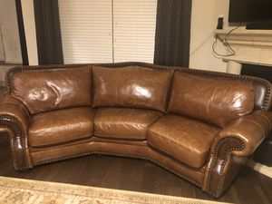 BROWN LEATHER CURVED SOFA COUCH for Sale in Wylie, TX