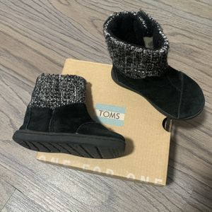 Toms Toddler Girl Black Boots Size 5C for Sale in Rowland Heights, CA