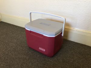 Coleman mini cooler for Sale in Oakland, CA