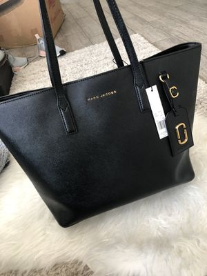 AUTHENTIC MARC JACOBS TOTE BAG for Sale in Montclair, CA