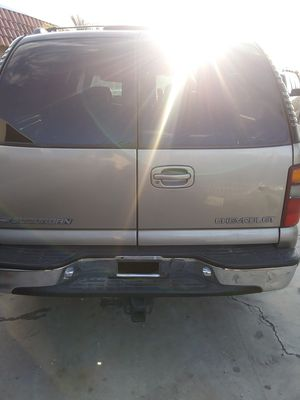 2002 chevy suburban back doors for Sale in Las Vegas, NV