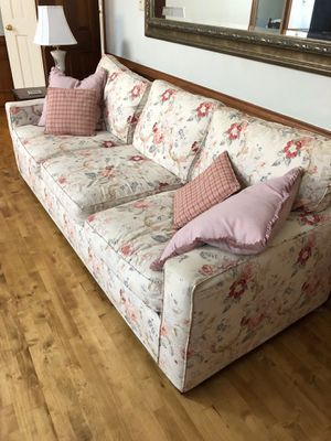 Slip covered sofa couch for Sale in Virginia Beach, VA