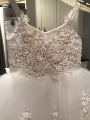 White beaded dress for Sale in East Newark, NJ