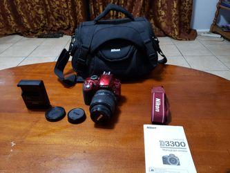 Nikon D3300 w/18-55mm VRLens S/count 8k only for Sale in Southfield,  MI