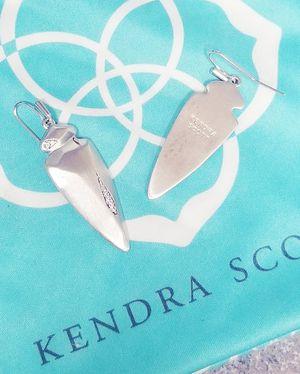 Kendra Scott dagger earrings for Sale in Burleson, TX