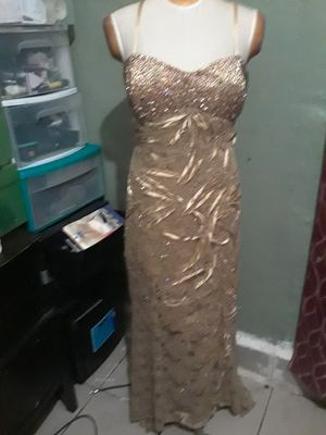 Beautiful prom dress asking 30 for Sale in Stockton, CA