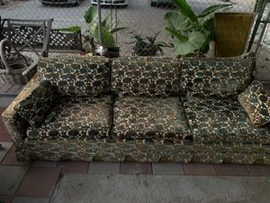 Floral couch for Sale in Los Angeles, CA