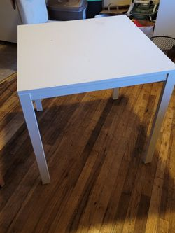 Table for Sale in Portland,  OR