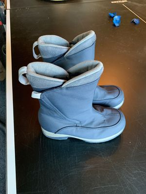 Kids Size 2 LANDS END Snow Boots in Great Condition! for Sale in Valley Center, CA