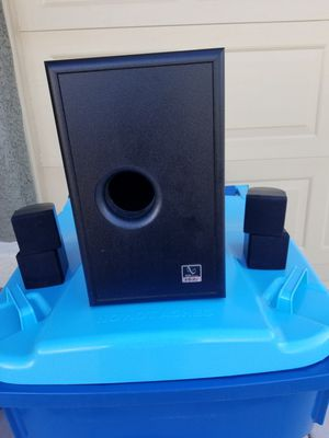 Infinity sub woofer and cube satellite speakers for Sale in Las Vegas, NV
