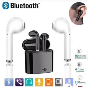 BLACK Bluetooth Wireless Earbuds for Sale in Sacramento, CA