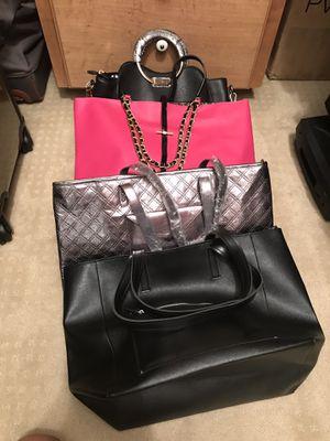 Four handbags for Sale in Arlington, TX