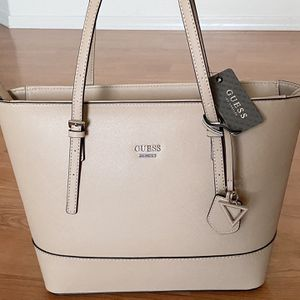 Authentic GUESS Tote, Brand New with Tags, Guess light brown purse, bag for Sale in Surprise, AZ