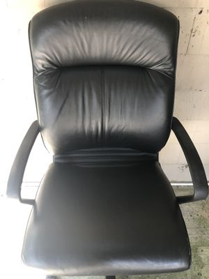 Office chair for Sale in Stone Mountain, GA