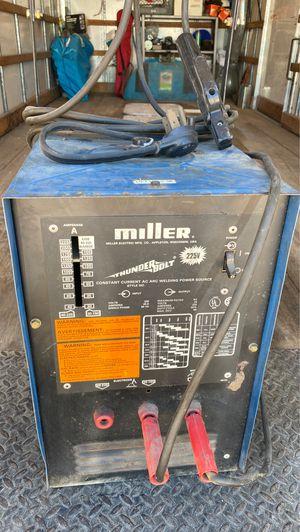 Miller Thunderbolt 220 volt welder $ 125 .00 for Sale in Hesperia, CA