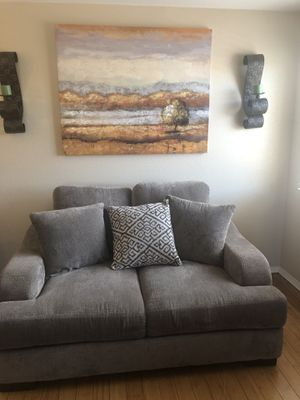 2018 SOFA AND LOVESEAT LIFETIME WARRANTY INCLUDED for Sale in Las Vegas, NV