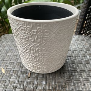 NEW Patterned White Planter Pot for Sale in Los Angeles, CA