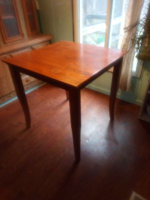 Kitchen table for Sale in Mount Pleasant, MI