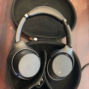 Sony WH-1000XM3 Wireless Noise Cancelling Headphones for Sale in Spring, TX