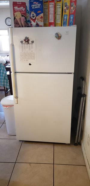 Refrigerator for Sale in Fresno, CA