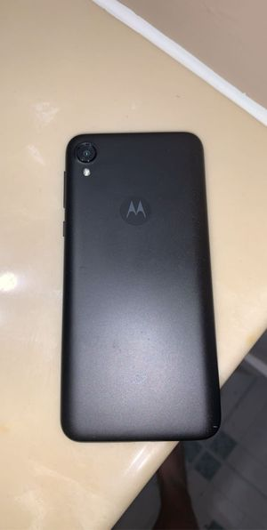 Motorola phone for Sale in Bloomington, IL
