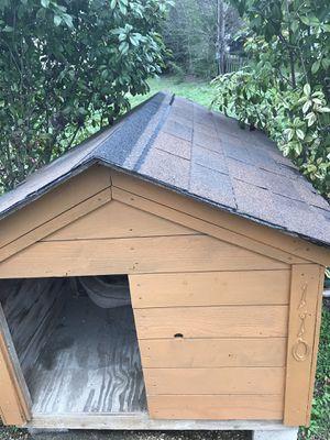 Custom 6'x4' dog house huge!! for Sale in Austin, TX