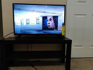 32 inch Insignia Full HD LED TV for Sale in Charlotte, NC