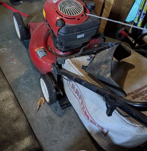 "21"" Craftsman Gas Mower w/ Sideshooter for Sale in Everett, WA"