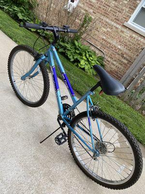 """Mt fury woman bike 15 speed size 26"""" for Sale in Skokie, IL"""