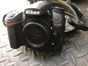 Nikon D7000 + Nikkor Lenses + Tamrac Camera Bag + SD Memory Cards for Sale in Staten Island, NY