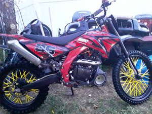 2018 250 4 stroke for Sale in Richwood, OH