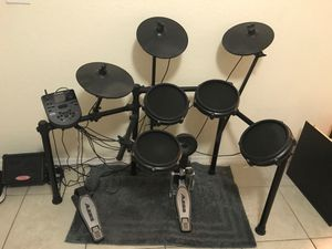 Alesis Nitro Mesh Kit Drum Set for Sale in Kissimmee, FL