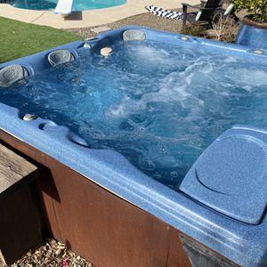 Hot Tub In Great Shape for Sale in Scottsdale, AZ