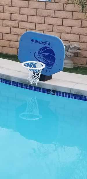 Basketball hoop pick up only firm price for Sale in Perris, CA