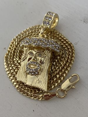 14k gold cuban chain and Jesus charm for Sale in Tampa, FL