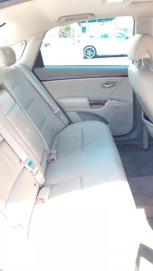 Hyundai azera 2008 for Sale in Long Beach, CA