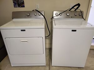 Matching Maytag King Capacity Washer and Dryer for Sale in Fresno, CA