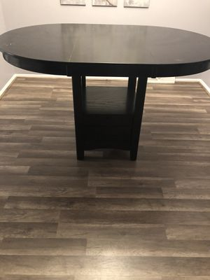 Kitchen table for Sale in Olmsted Falls, OH