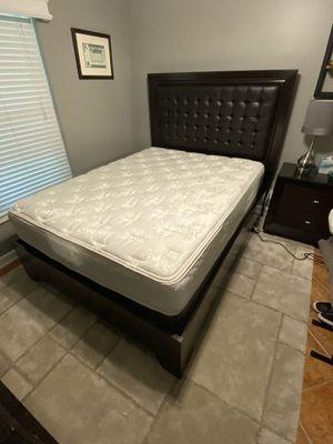 Queen Bedroom Set for Sale in Boynton Beach, FL
