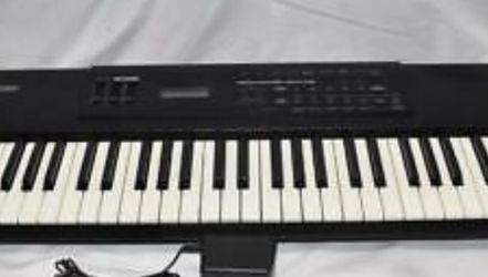 Used keyboard piano for Sale in Columbus,  OH