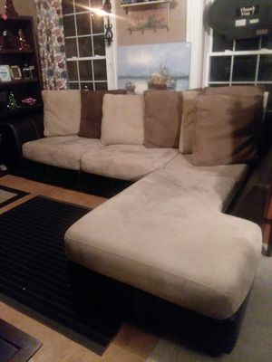 Cumberland thrift store 2 pc sectional with chaise lounger for Sale in Cumberland, VA
