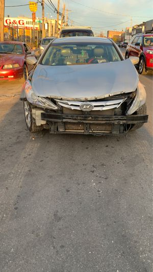 2011 Hyundai Sonata 2.4l for parts only for Sale in Queens, NY
