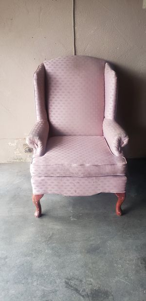 Chair really comfortable for Sale in Fresno, CA