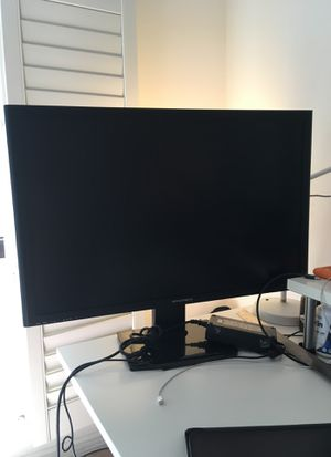 "30"" IPS LCD Monoprice Computer Monitor - Matte screen 2560x1600 30hz for Sale in Los Angeles, CA"