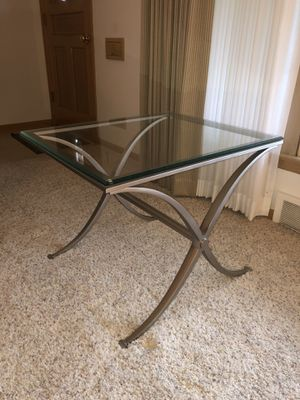 Metal End Table for Sale in Cleveland, OH
