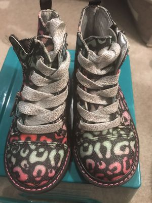 Toddler Girl's Just Buds Multi Color Leopard Print Boots Size 6 for Sale in Bluffton, SC