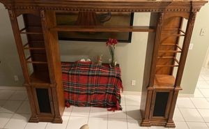 Entertainment Center or Entryway Furniture for Sale in VLG WELLINGTN, FL