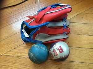 Kids - Franklin sports starter baseball glove air-tech tee ball for Sale in Brookline, MA