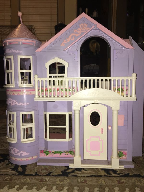 LARGE FOLDING BARBIE MANSION WITH WORKING ELEVATOR AND DOORBELL!!
